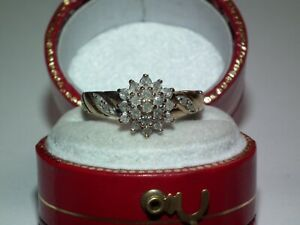 Beautiful Vintage Solid 9ct Gold Natural Diamond Encrusted Ring Superb Example