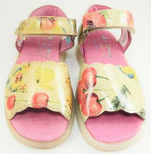 DE OSU - Girls Ivory Fuschia Pink Butterfly Patent Sandals - European 25 Size 8
