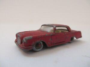 Matchbox 1-75 No.53 Mercedes-Benz 220 S.E. Maroon Lesney Diecast Vintage