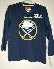 CCM Buffalo Sabres Hockey Jersey NHL Size Youth L/XL