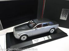 Rolls-Royce Phantom - Silver / Grey Metallic - 1/43 IXO VOITURE DIECAST - MOC163