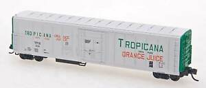 N RED CABOOSE RM-21002-4 Tropicana WHITE Green  R-70-15  Refrigerator Car #242