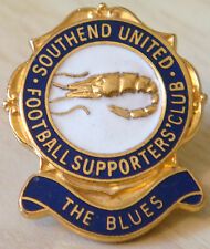 SOUTHEND UNITED Vintage SUPPORTERS CLUB Badge Maker FATTORINI B'ham 24mm x 29mm