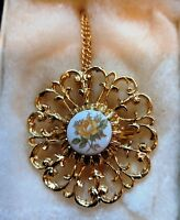 Vintage Beautiful Round Porcelain Flower Necklace Pendant Antique Style Jewelry