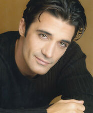 Gilles Marini UNSIGNED photo - 2696 - HANDSOME!!!!!