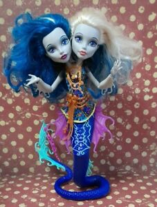 MONSTER HIGH Great Scarrier Reef Hissters Peri Pearl Serpentine Fashion Doll
