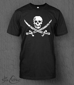 8-bit Piracy T-Shirt. Pixel Skull and Crossbones Tee MEN'S Pixel Art Retro 16bit
