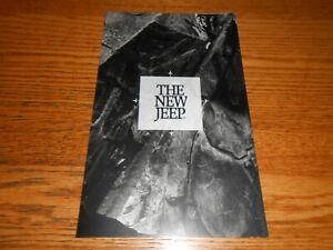 1993 JEEP GRAND CHEROKEE 5-Panel FOLDOUT BROCHURE / 93 CATALOG / POSTER