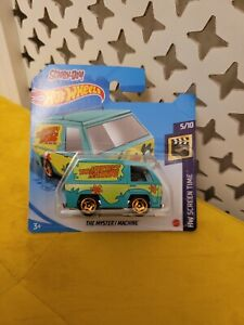 Hot Wheels Mystery Machine Scooby Doo 2021 Die-cast Short Card