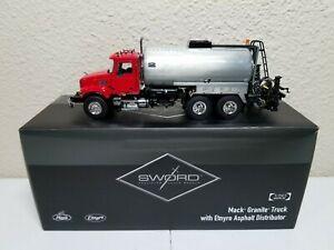 Mack Granite Asphalt Etnyre Distributor - Red - Sword 1:50 Scale #SW2103-R New!
