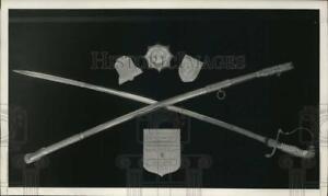 1957 Press Photo Korean War's 38th Infantry sabre & crest plaque at Fort Lewis