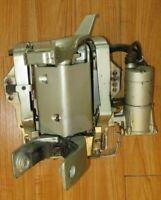 55 65hp Suzuki Outboard Power Trim & Tilt, Swivel bracket & transom clamp assy