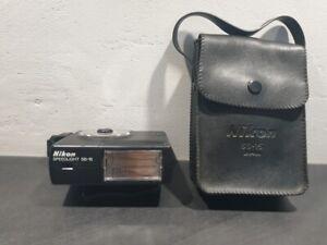 Flash Nikon Speedlight SB15 en étui