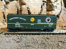 N Scale Micro trains 40' plug door boxcar NORTHERN PACIFIC NIB