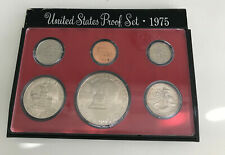 1975  UNCIRCULATED COIN SET - US MINT - AS PICTURED