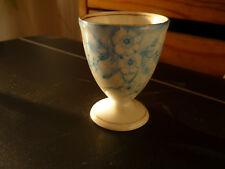 ancien coquetier Porcelaine decor fleurs  probablement limoges