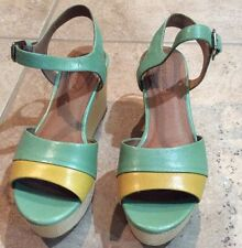 Green and Yellow Gold Corso Como Wedge Heel Sandals Size 8 M