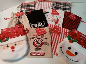 Holiday Style 14 Assorted Fabric Gift Bags Assorted Sizes