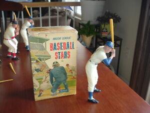 1958 - 1962 Hartland Plastics Statue Duke Snider with Original Box and Bat