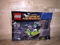 LEGO DC COMICS SUPER HEROES THE JOKER BUMPER CAR SET 30303