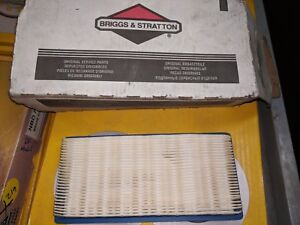 BRIGGS AND STRATTON AIR FILTER P/N 710266