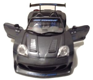 MUSCLE MACHINES 1/24 SCALE DIE CAST 2003 TOYOTA MR2  MADE IN CHINA 2003 NO BOX