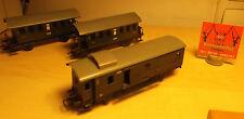 2 x Märklin H0 4000 Personenwagen 2. Kl. Grün 1 x Märklin 329/4 Gepäckwagen