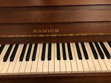 Piano droit d'étude Samick