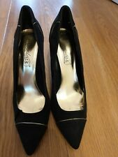 shoes size 6 black by timeless