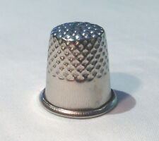 SEWING THIMBLE - Protection for your finger from sharp needles!