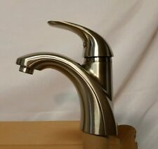 PRICE PFISTER Parissa GT42-AMCK Brushed Nickel Single Control Faucet New