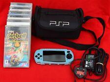 Sony PSP avec Manche, Case, chargeur et six jeux-Fabulous condition!