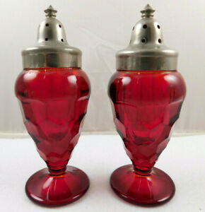 Vintage Fenton Art Glass Footed Georgian Ruby Salt And Pepper Shakers