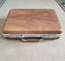 Vintage American Tourister Escort Briefcase Brown File Folder - No Key