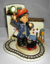 Goebel - Hummelfigur - Bitte zurücktreten - 2044 - Eisenbahn Schaffner - Coburg