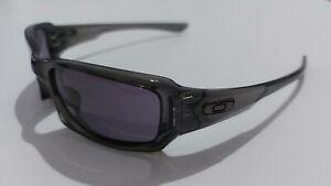 Oakley Fives Squared 9238-05 Grey Smoke Warm gray Sunglasses