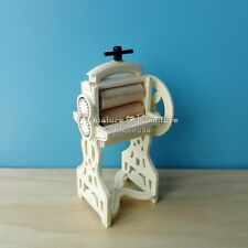1:12 Dollhouse Miniature Furniture Handcrafted Traditional White Noodle Press