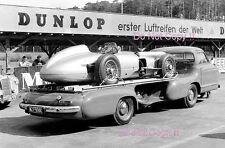 Mercedes Benz W196 F1 Coche & Transportador Nurburgring 1955 fotografía 1