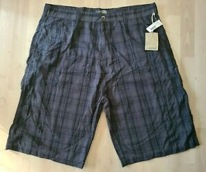 METHOD Flat Front Chino Bermuda Shorts Mens Size 40 x 12 Gray & Black Plaid NWT