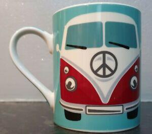 VOLKSWAGEN/VW CAMPER VAN - MUG - RED - VINTAGE/RETRO - FREE UK POSTAGE