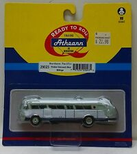 Athearn HO Scale Flxible Visicoach Bus Northern Pacific Billings Destination NIB