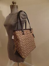 SUPER CUTE COACH OUTLINED SIGNATURE TOTE SHOULDER IN KHAKI/BROWN - 36185