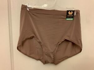 Wacoal  Full  Brief Nylon / Spandex Blend Underwear size L NWT.