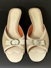 Women's Size 9 COLE HAAN Open Toe Tan/White Kitten Heel Sandals Sz 9B