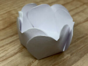 50 Units WHITE  Forminhas Truffle Cases, Party designs,Candy Liners