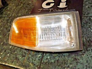 91-95 OEM Acura Legend Coupe SP1 front corner light lamp marker 041-3958 R DV1