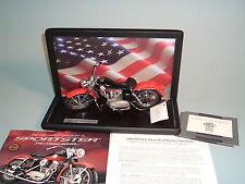 MOTORCYCLE HARLEY-DAVIDSON 1957 RED XL SPORTSTER FRANKLIN MINT 1:10 DISPLAY CASE