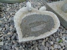 bain d oiseaux en pierre ou abrevoir , modèle feuille avec 1 oiseau , nouveau !!