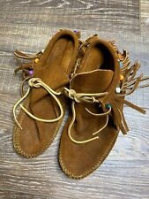 leather moccasins with fringe Womens Size 8 Brown Beads