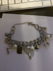 FASHION JEWELLERY METAL  SILVER LOOK BRACELET  WITH LOADS OF CHARMS